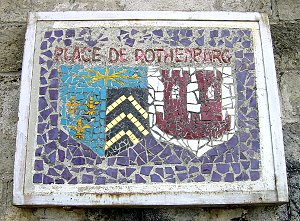 Illustration : Plaque indiquant la Place Rothenburg ob Der Tauber à Athis-Mons